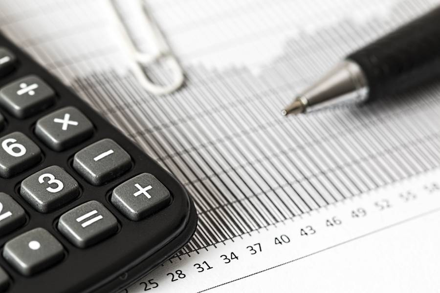 American International Group settles tax shelter lawsuit